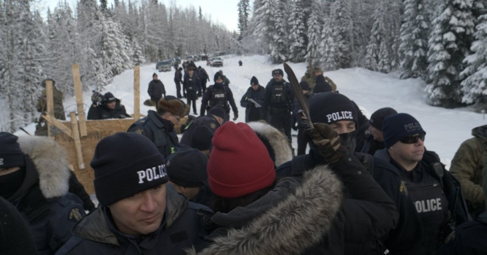 Unist'ot'en Camp raid by Royal Canadian Mounted Police